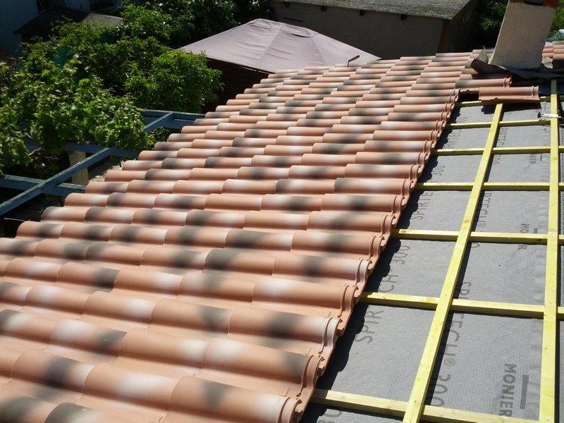 entreprise de couverture marseille r novation nettoyage traitement de toiture cs couverture. Black Bedroom Furniture Sets. Home Design Ideas